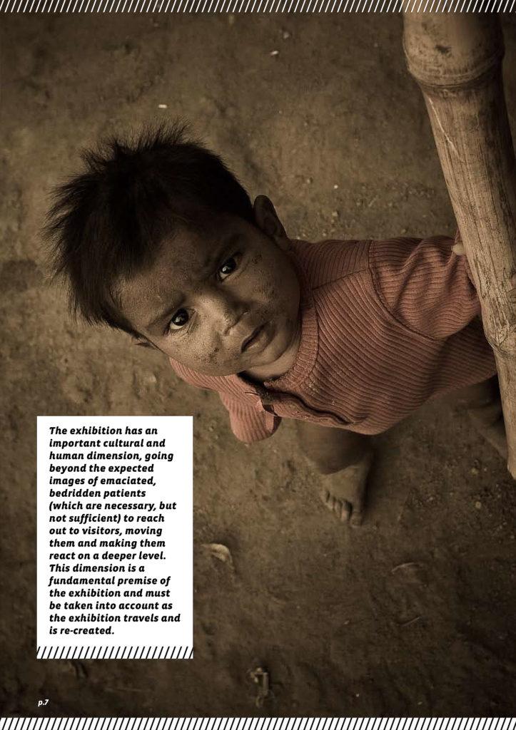 Catalogo per mostra fotografica Images to stop tuberculosis – interno